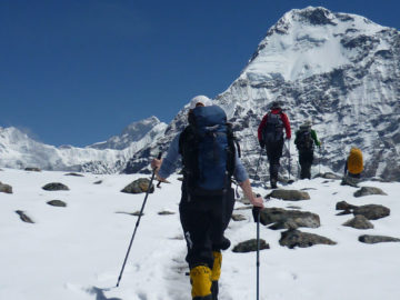 Everest-climbing-in-nepal2