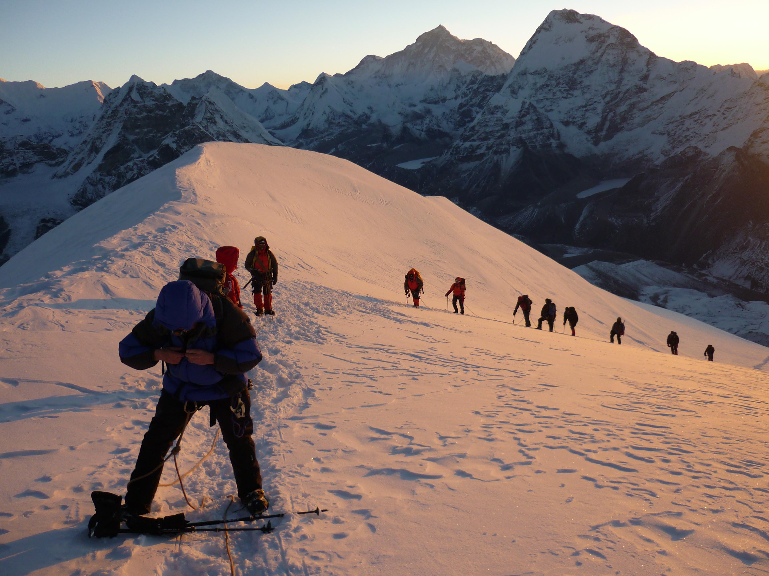 Adventuresherpatracks mera peak climbing